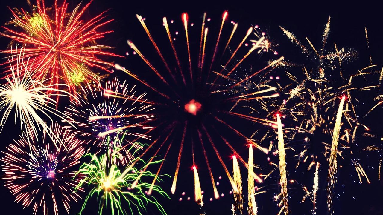 new-years-eve-1036673_1280.jpg