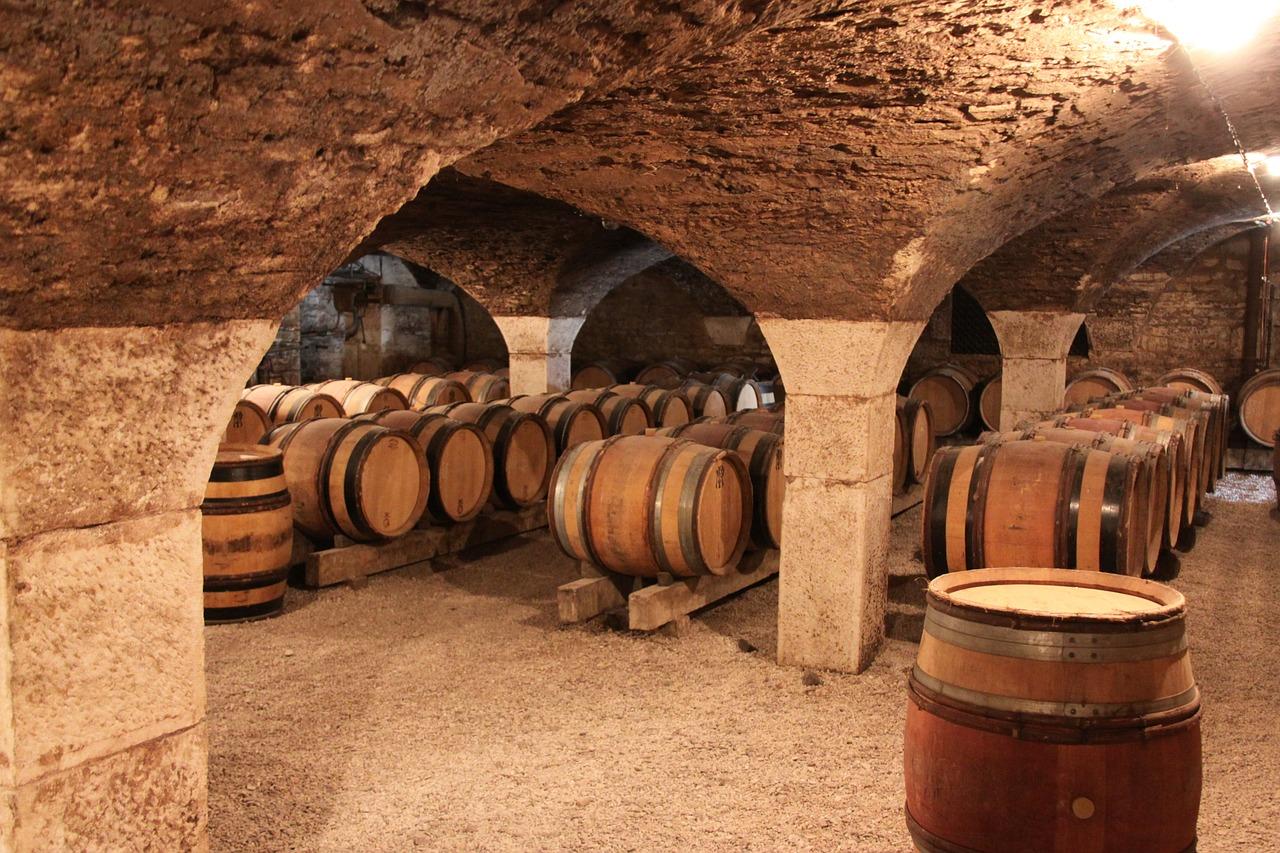burgundy-1122165_1280