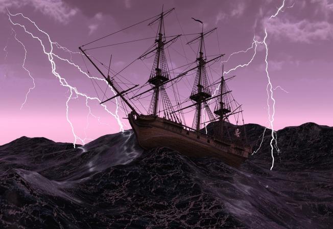 ship-2275399_1280