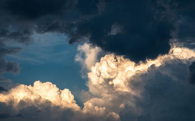clouds-1768967_1280