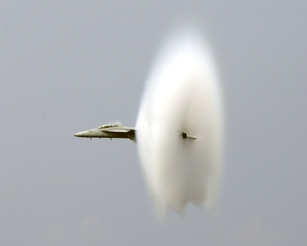 breaking-the-sound-barrier-99684_1280